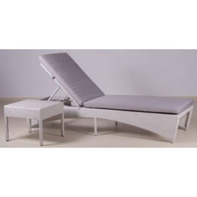 Шезлонг БАУНТИ жгут 9366 ТЕРРАСА Люкс в комплекте с подушкой и столиком