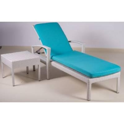 Шезлонг БАЛИ жгут 9366 ТЕРРАСА Люкс в комплекте с квадратным столиком (50х50) и подушкой